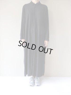 画像1: FIRMUM 30/レーヨンリネンキャンバススーパーロングシャツ BLACK