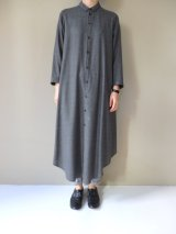 ○ NO CONTROL AIR 2/80 120'sウールプレーンガーゼシャツワンピース Dark Grey top